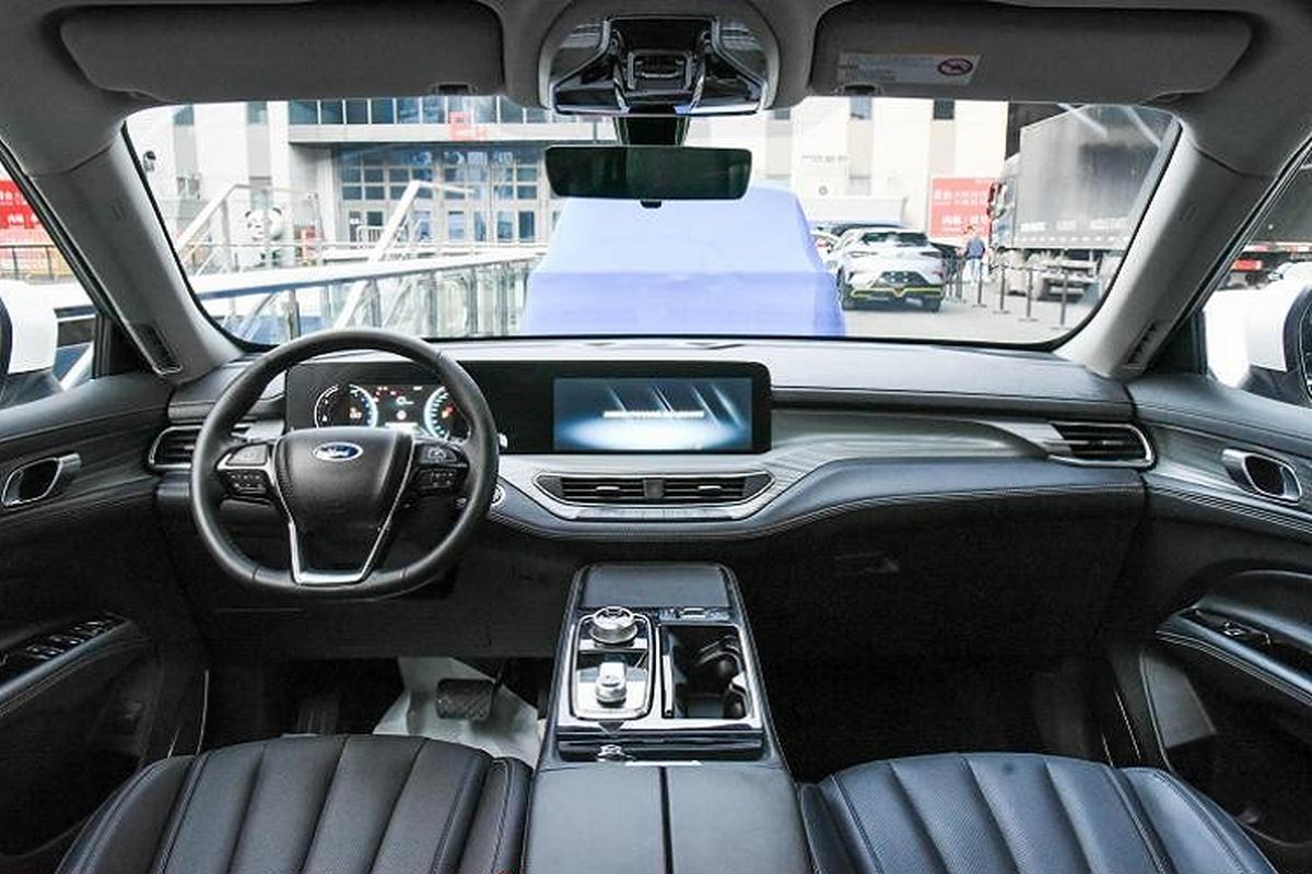 Ford Equator 2021 phien ban 5 cho va 7 cho tu 604 trieu dong-Hinh-12