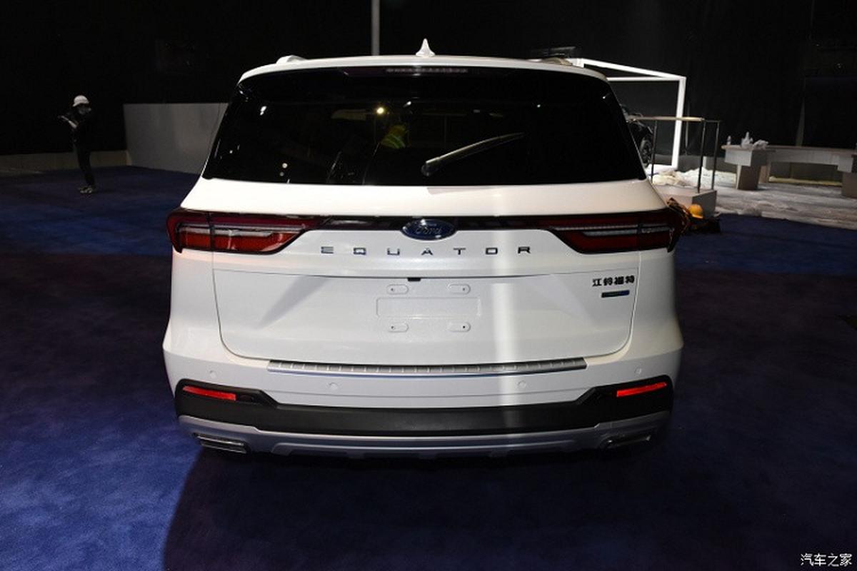 Ford Equator 2021 phien ban 5 cho va 7 cho tu 604 trieu dong-Hinh-13