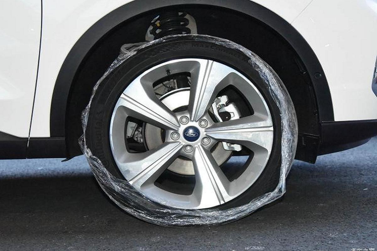 Ford Equator 2021 phien ban 5 cho va 7 cho tu 604 trieu dong-Hinh-6