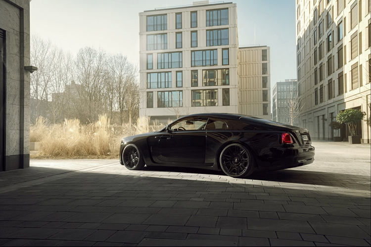 Look at the super luxury Rolls-Royce Wraith Black Badge with 707 magma-Hinh-6