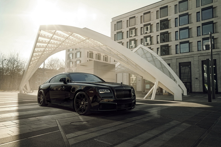 Look at the super luxury Rolls-Royce Wraith Black Badge with 707 magma-Hinh-7