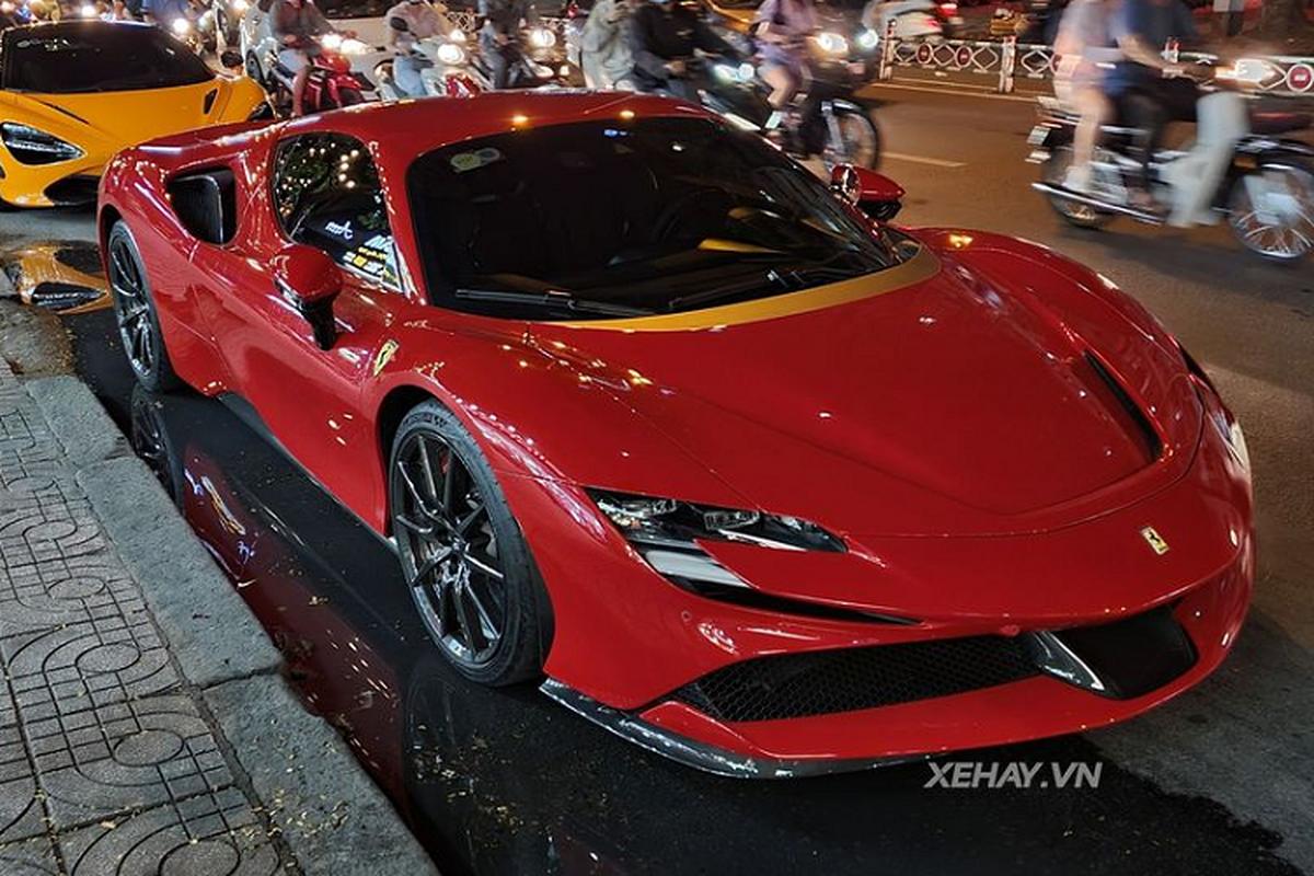 Ngam sieu xe Ferrari SF90 Stradale khong duoi 30 ty tai Sai Gon