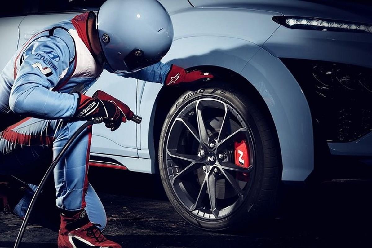 Hyundai Kona N 2022 ra mat kem theo tinh nang tang cong suat-Hinh-4