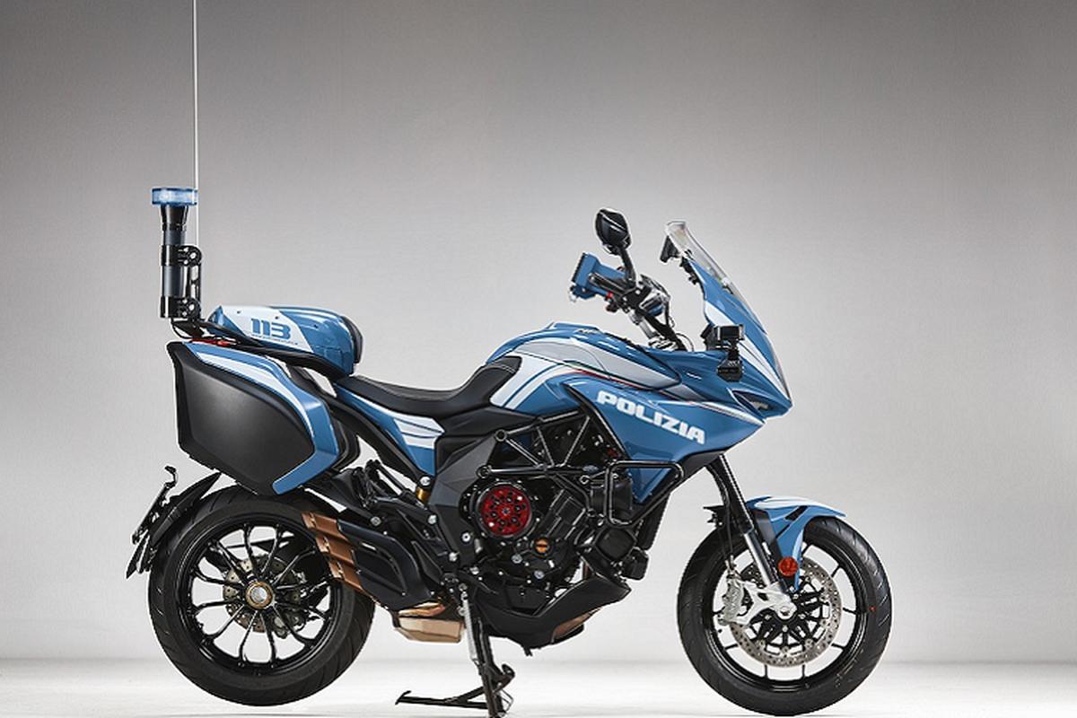 Ngam sieu moto MV Agusta Turismo Veloce cua canh sat Milan-Hinh-5
