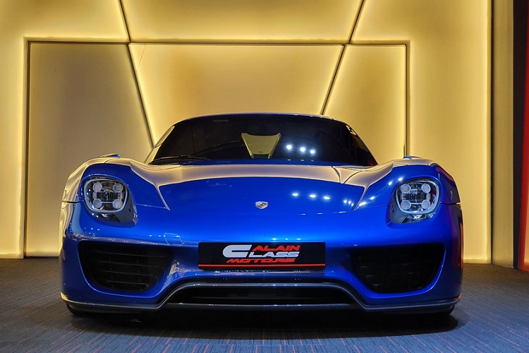 The new Porsche 918 Spyder supercar million was over due to the arrival of Vietnam-Hinh-9