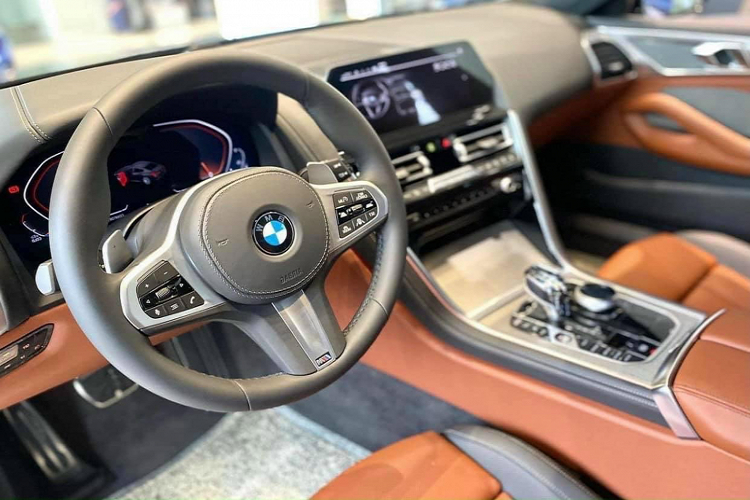 The salesman of the BMW 840i Gran Coupe, about 6.7 million units in Vietnam-Hinh-4
