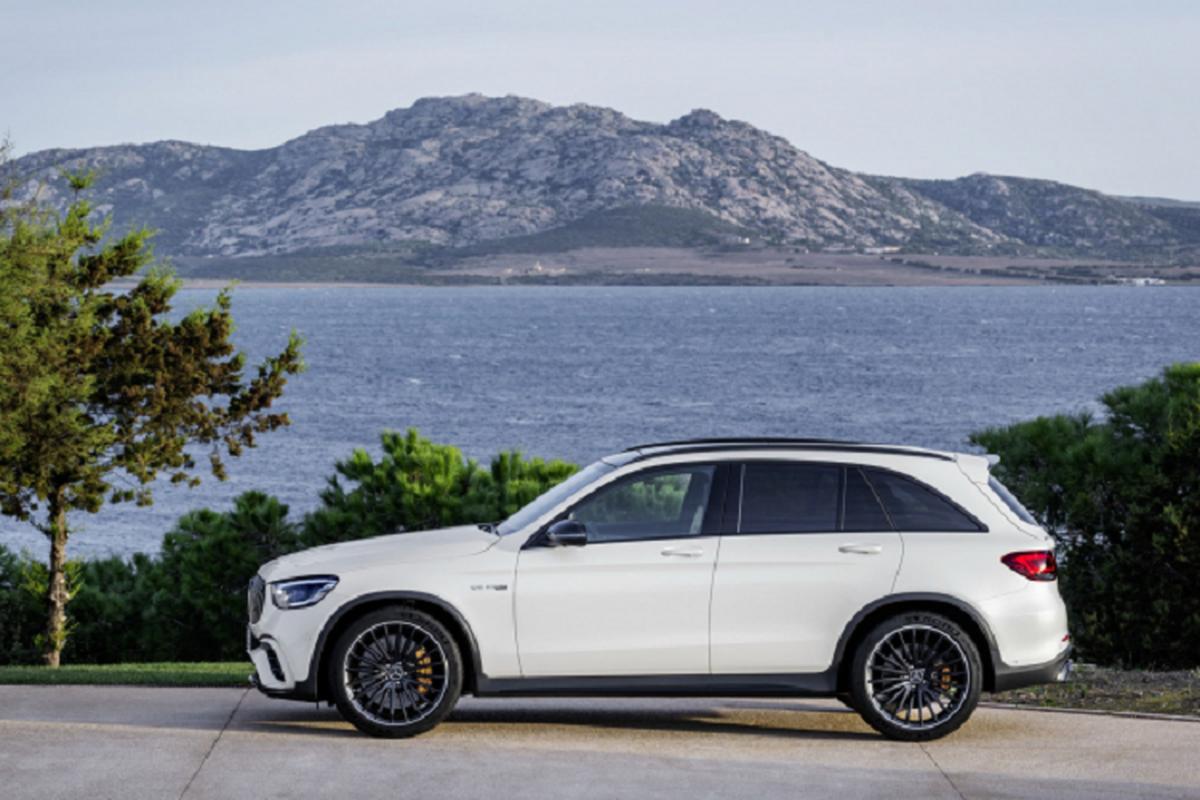 Chi tiet Mercedes-AMG GLC 63 S 2022 ban My, manh 503 ma luc-Hinh-4