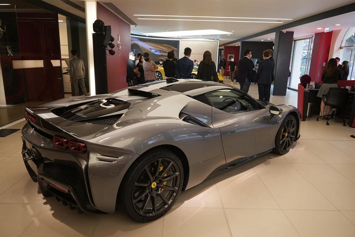 "Ferrari SF90 Spider hon 26 ty o Hong Kong, dai gia Viet ""phat them""-Hinh-6"