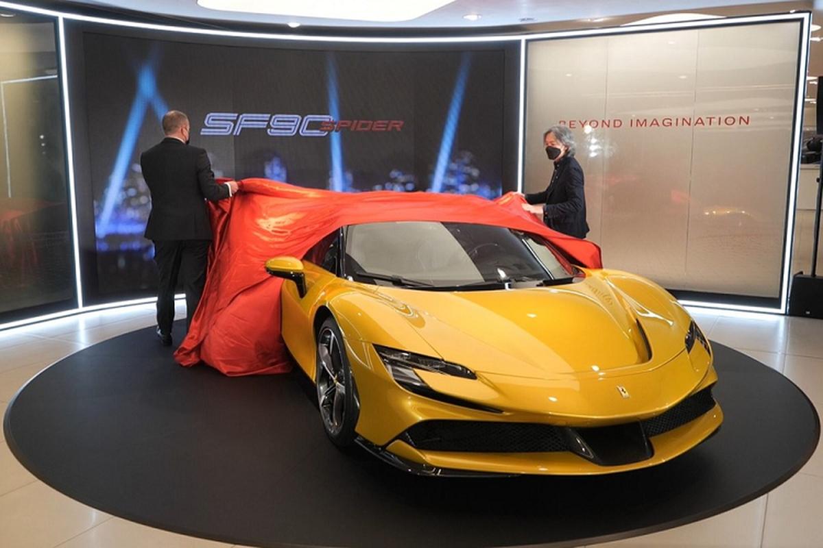 """Ferrari SF90 Spider hon 26 ty o Hong Kong, dai gia Viet """"phat them"""""""