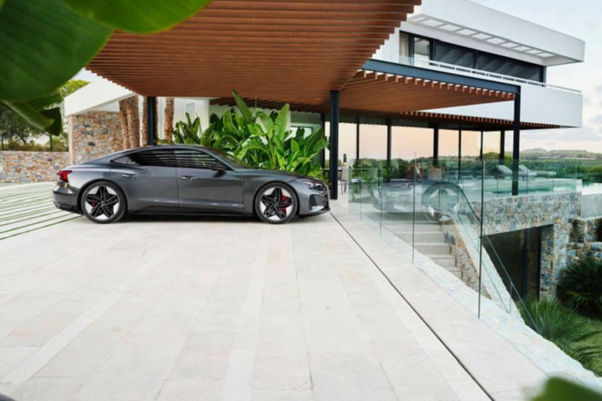 Audi e-tron GT 2022 chay dien len ke tai Chau Au, tu 2,7 ty dong-Hinh-5