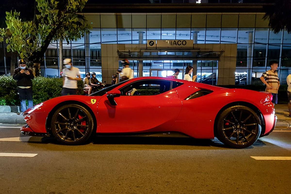 Ferrari SF90 Stradale dau tien tai Viet Nam rao ban duoi 30 ty?-Hinh-2