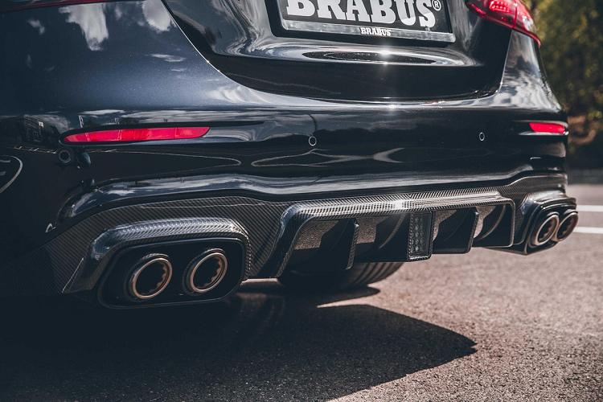 Watch Mercedes-AMG E 63 Sick 800-ma by Brabus-Hinh-7