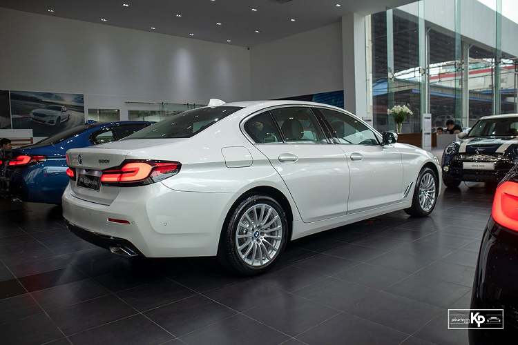 Can canh BMW 520i Luxury Line 2021 hon 2,4 ty dong tai Viet Nam-Hinh-8