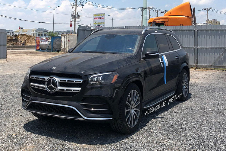 Can canh Mercedes-Benz GLS 580 4Matic hon 9 ty ve Viet Nam
