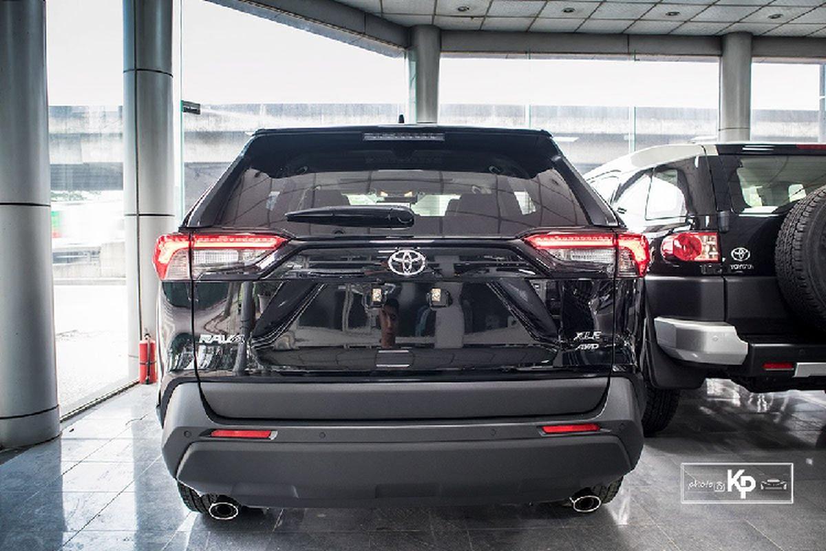 Can canh Toyota RAV4 XLE 2021 hon 2,6 ty tai Viet Nam-Hinh-15