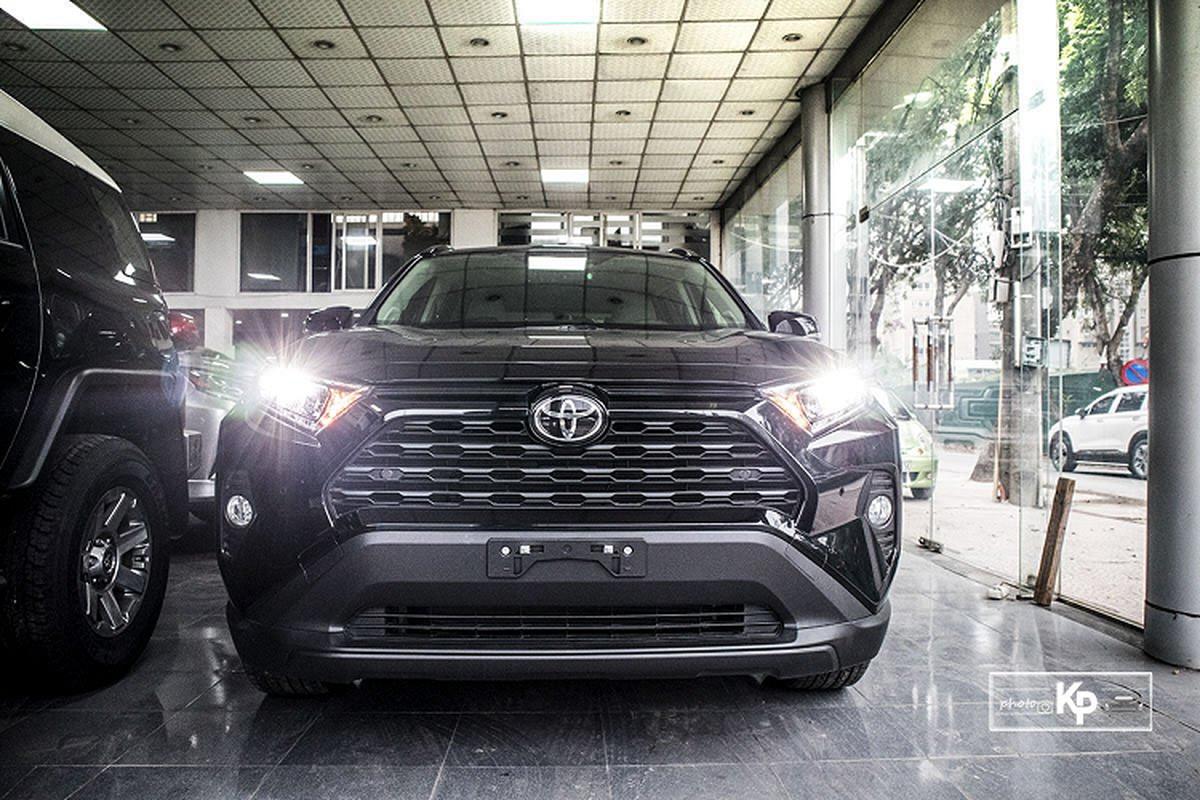 Can canh Toyota RAV4 XLE 2021 hon 2,6 ty tai Viet Nam-Hinh-2