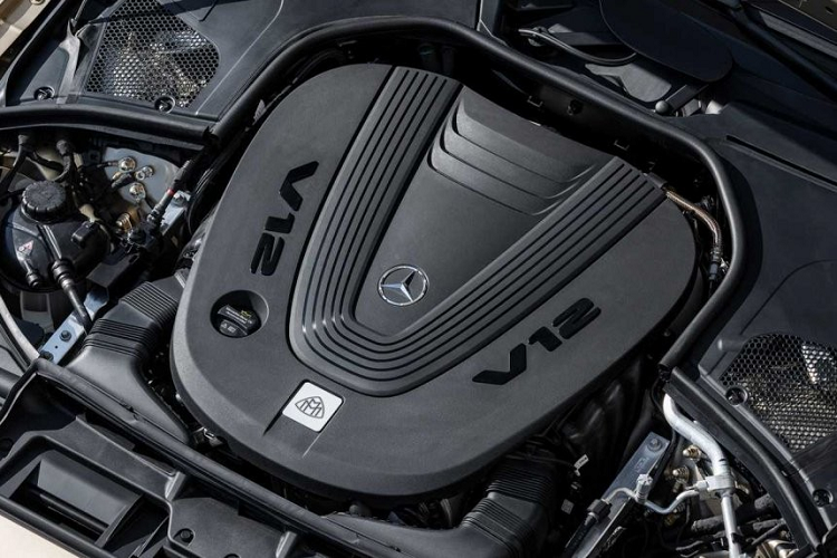 Ngam xe sieu sang Mercedes-Maybach S680 2021 dong co V12-Hinh-3