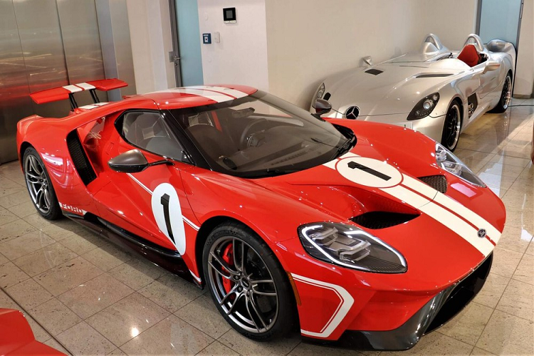 Ford GT Heritage Edition rao ban 35 ty, dai gia Viet phat them