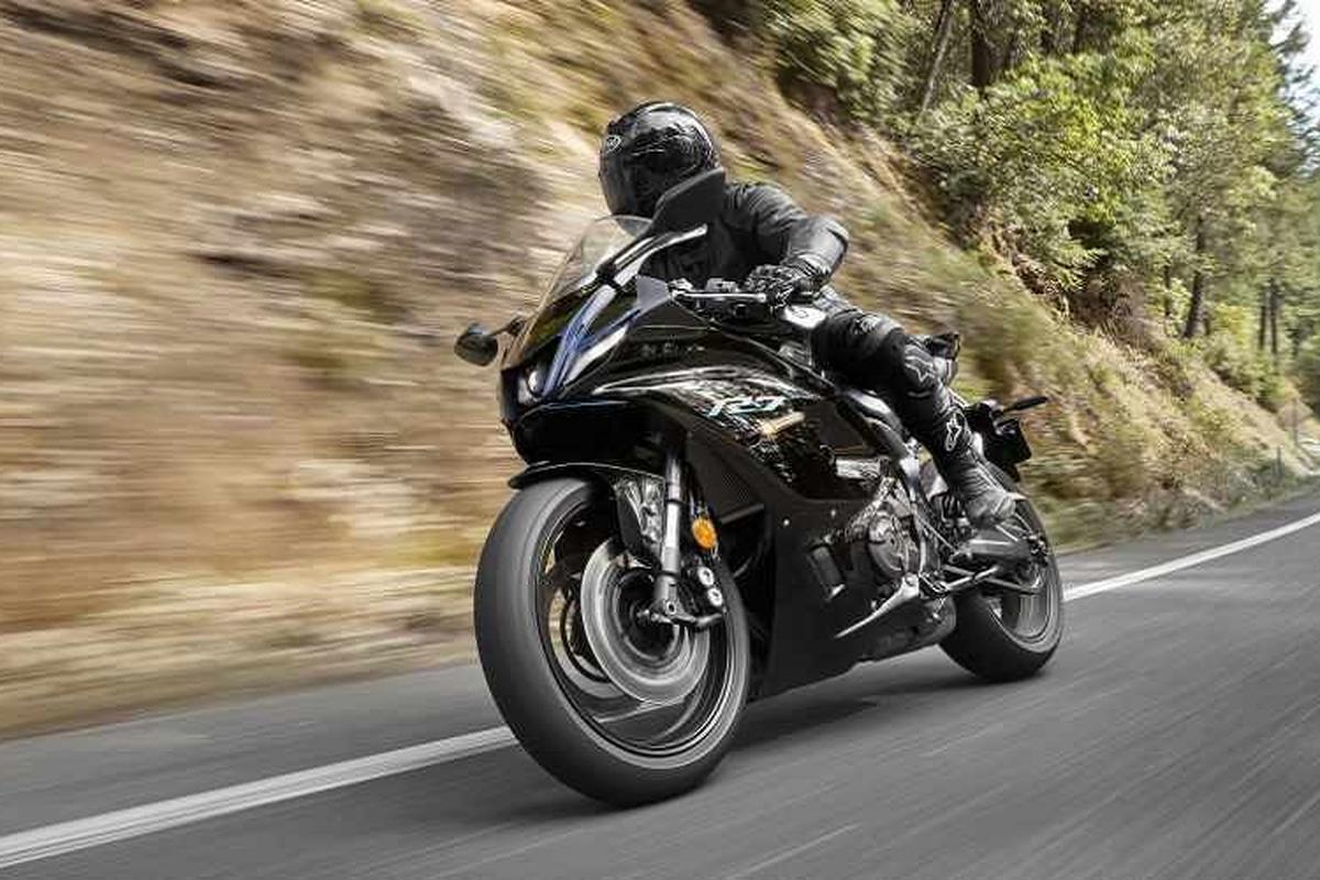 "Yamaha R7 2021 se khien Kawasaki Ninja 650 phai ""ho then"""