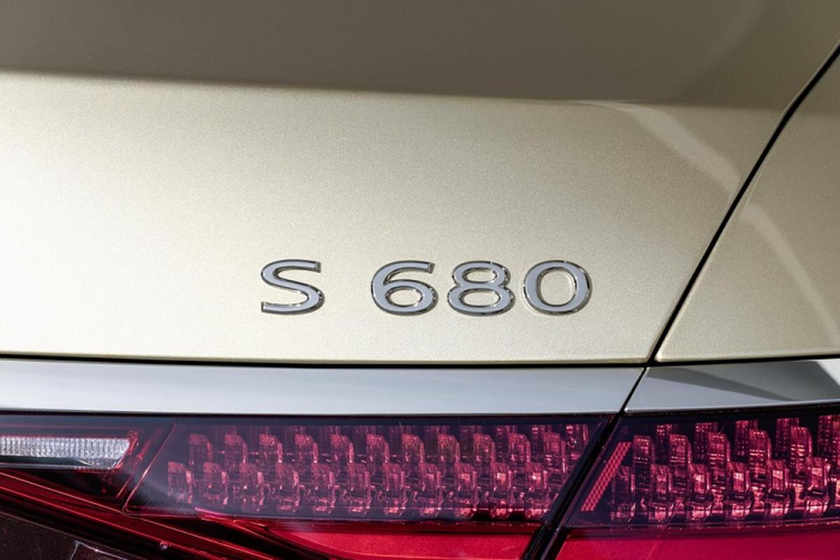Mercedes-Maybach S680 tu 4,6 ty tai Duc,