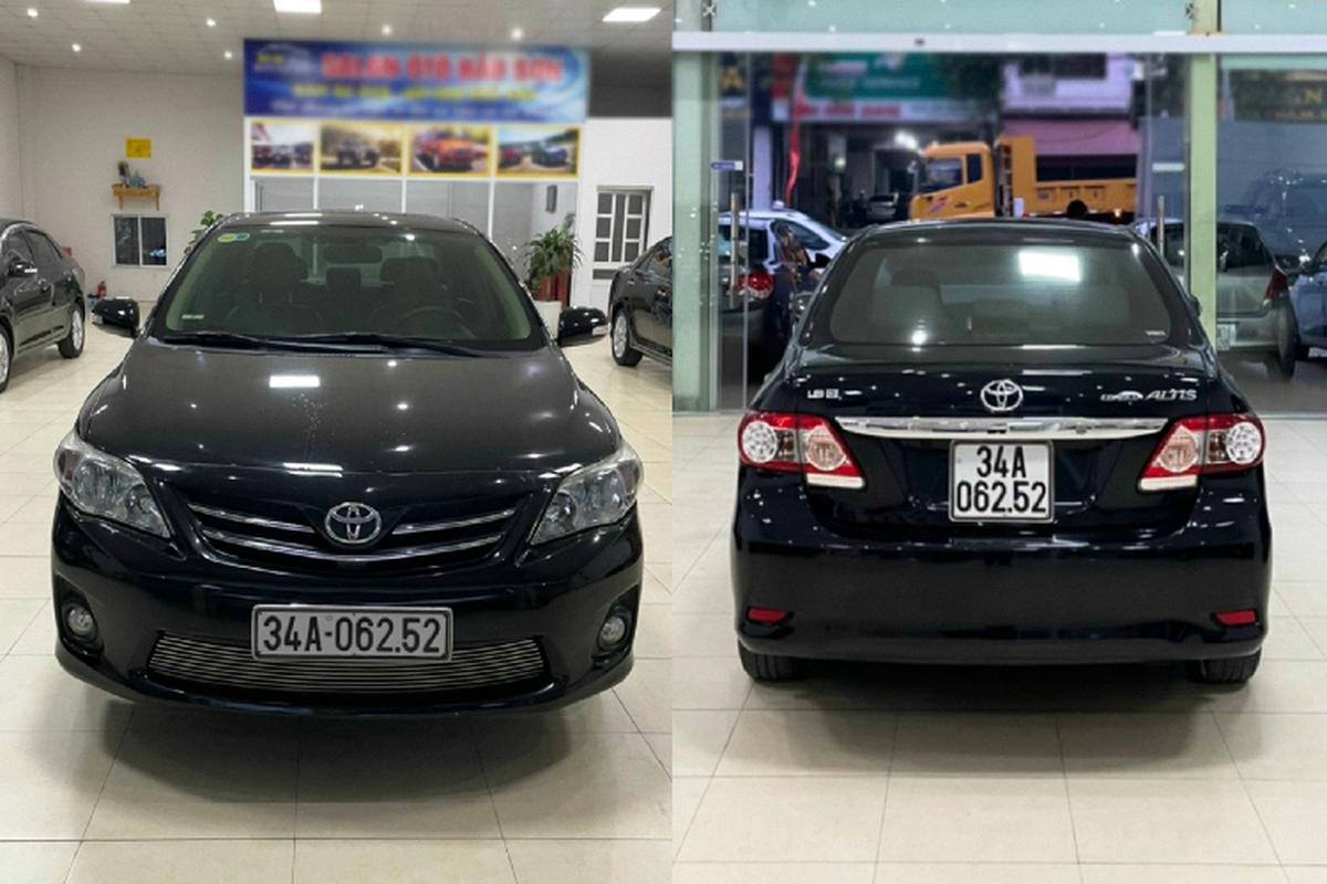 Toyota Corolla Altis 2013,