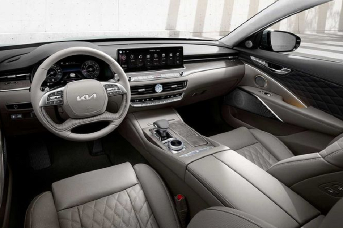 """Kia K900 2022 hơn 1,1 tỷ đồng trang bị """"xịn sò"""" ra sao?"""