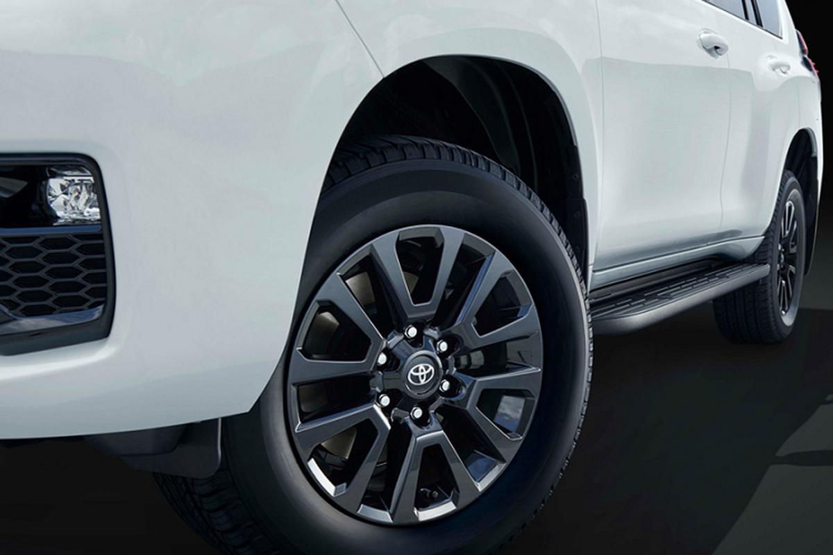 Toyota Land Cruiser Prado ban dac biet ky niem 70 nam ra mat-Hinh-2