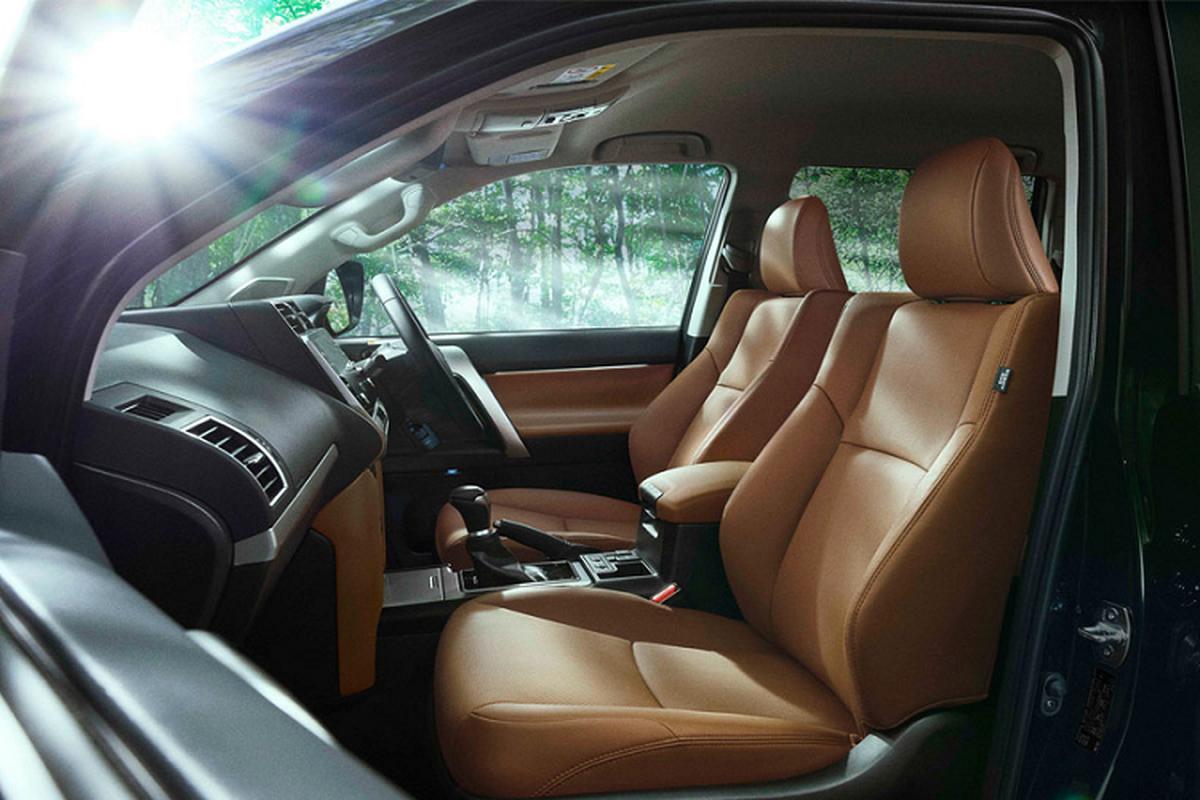 Toyota Land Cruiser Prado ban dac biet ky niem 70 nam ra mat-Hinh-4