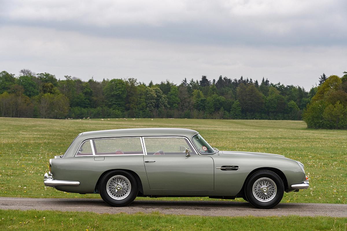 Ba chiec xe Aston Martin DB5 doi co nay ban hon 129 ty dong-Hinh-9