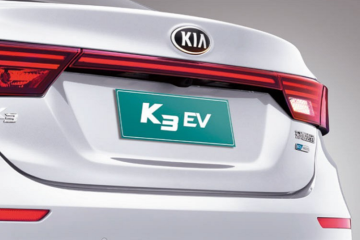 Kia K3 EV 2021 chay 400km/1 lan sac, tu 637 trieu dong-Hinh-4