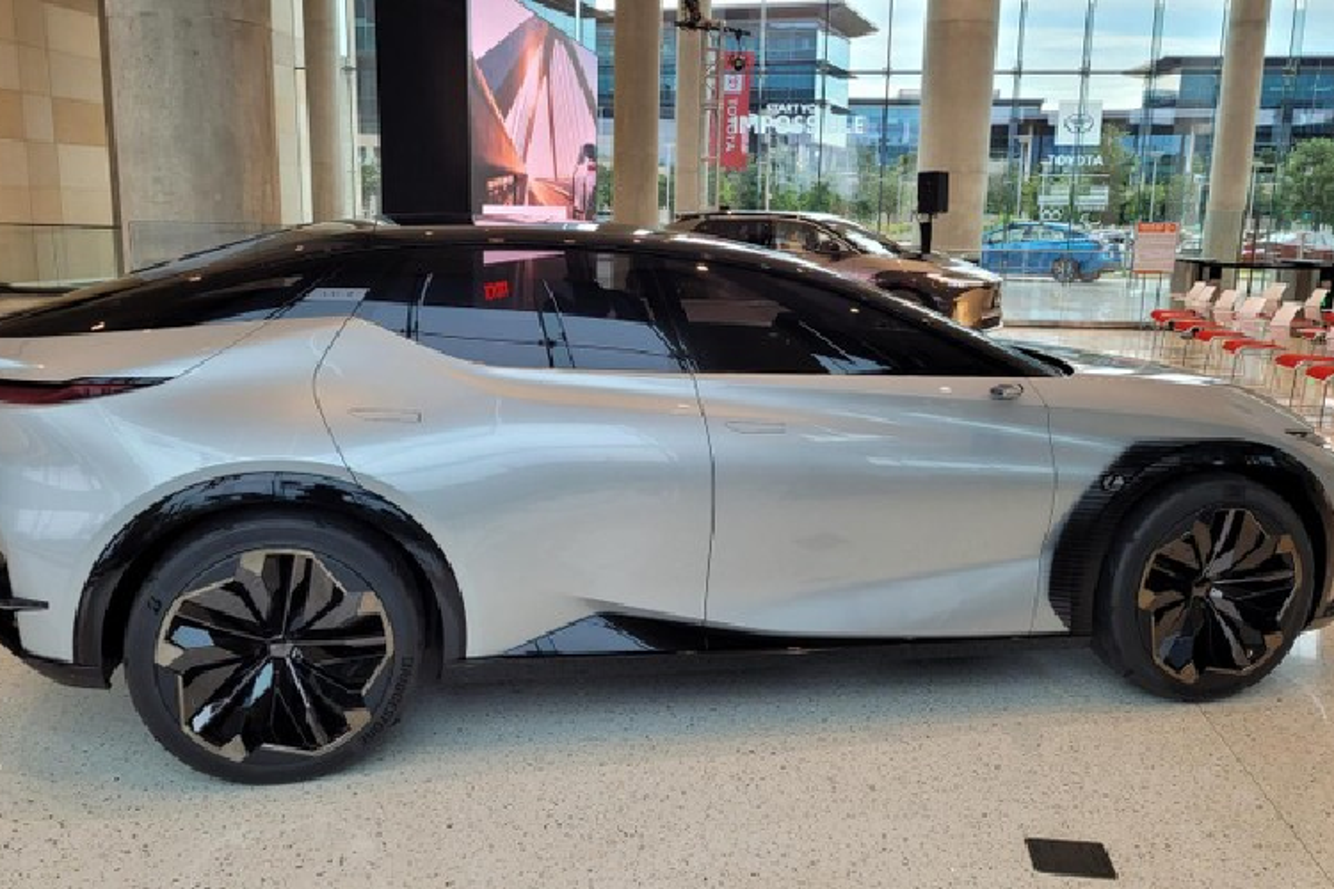 Chi tiet SUV Coupe hang sang Lexus LF-Z Electrified sap ra mat-Hinh-7