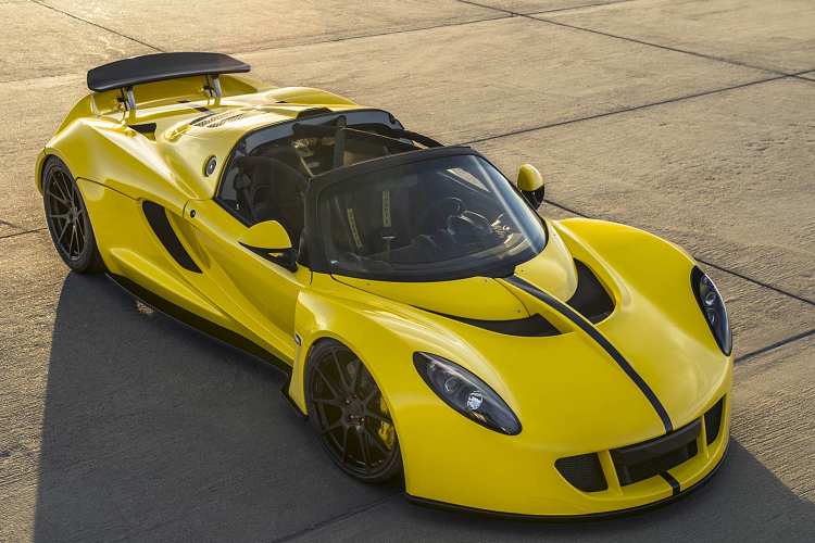 The fastest car in the world compared to the fastest in the world-Hinh-2
