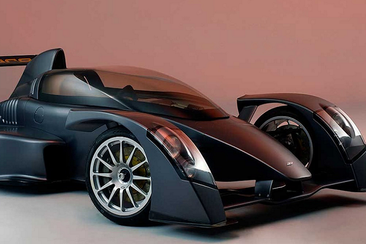 The fastest car in the world compared to the fastest in the world-Hinh-3