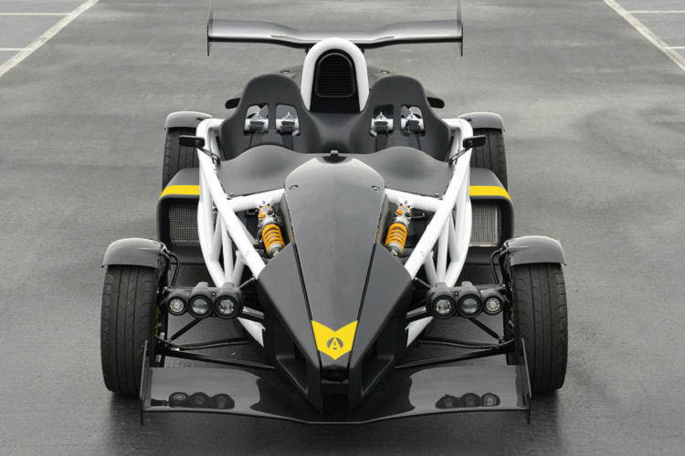 The fastest car in the world compared to the fastest in the world-Hinh-5