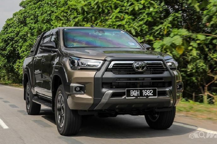 Chi tiet ban tai the thao Toyota Hilux GR Sport 2021 moi-Hinh-5