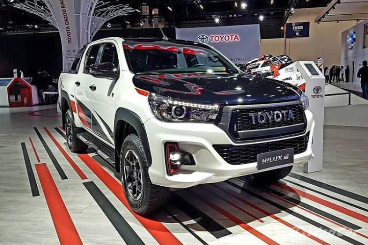 Chi tiet ban tai the thao Toyota Hilux GR Sport 2021 moi-Hinh-6