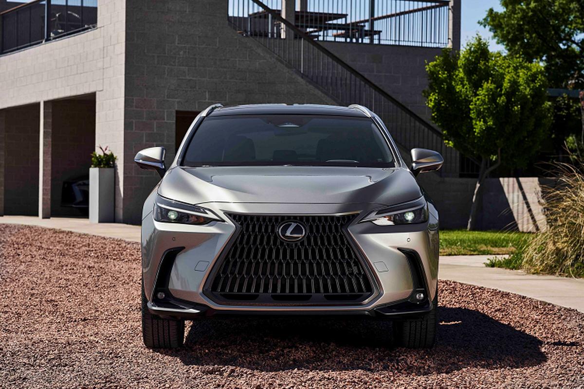Lexus NX 2022 ra mat, them tuy chon dong co hybrid cam sac-Hinh-4