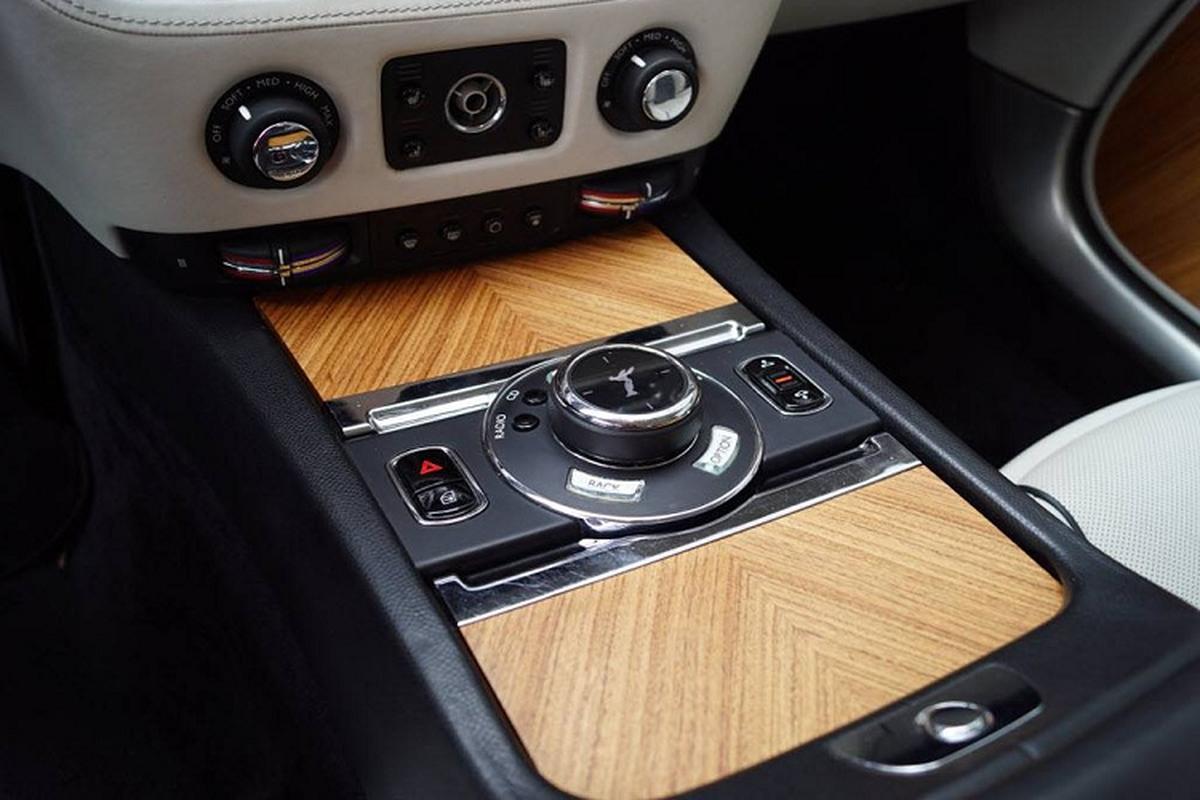 Dai ly Hyundai rao ban Rolls-Royce Wraith khien dan tinh to mo-Hinh-4