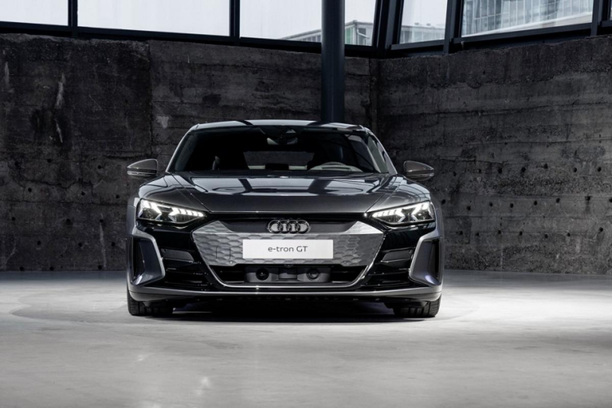Audi e-tron GT mien phi 3 nam sac nhanh cho khach mua xe-Hinh-2