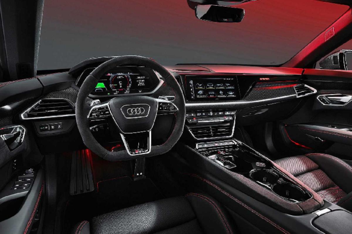 Audi e-tron GT mien phi 3 nam sac nhanh cho khach mua xe-Hinh-3