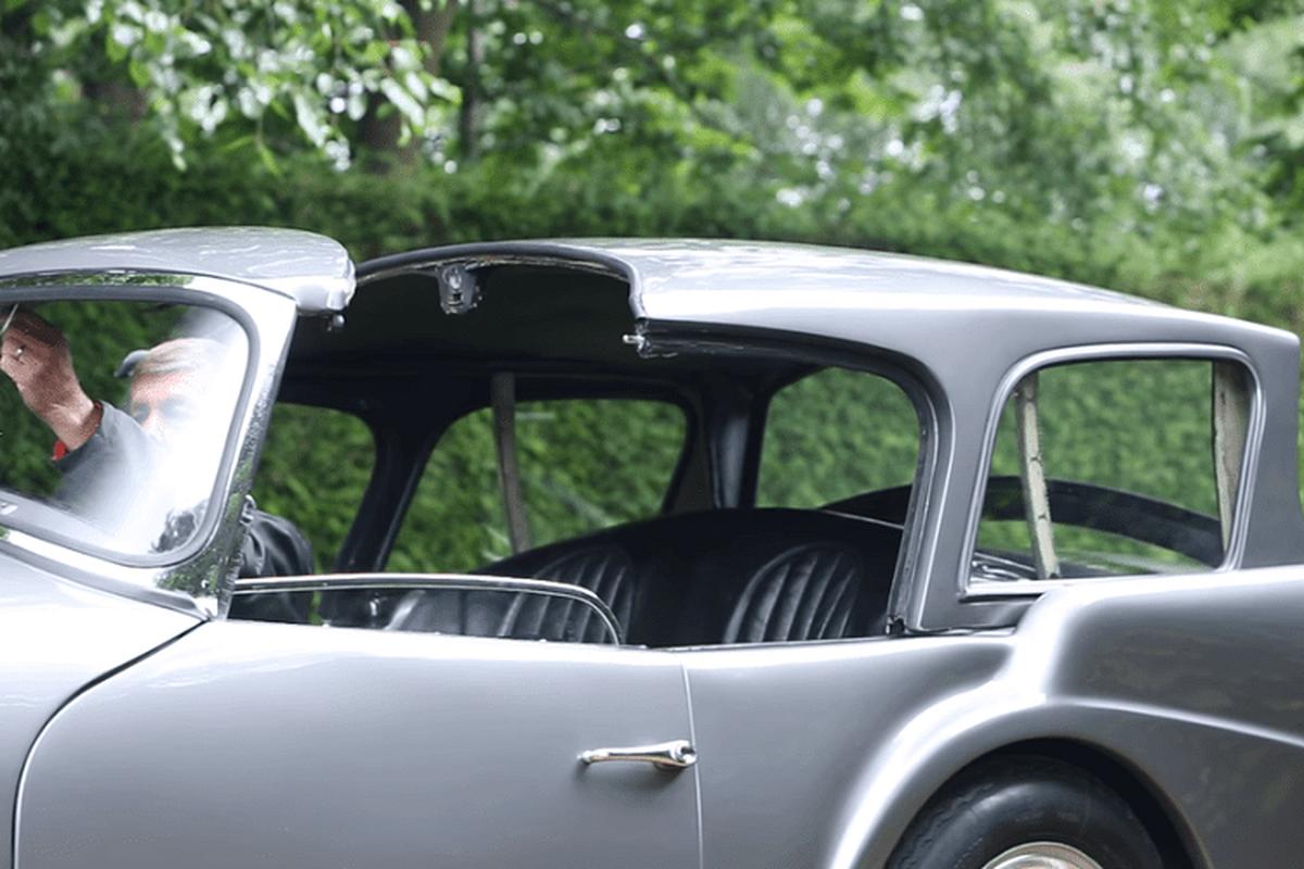 """Daimler SP250 - chiec xe mui tran doc dao """"xau nhat lich su""""-Hinh-2"""