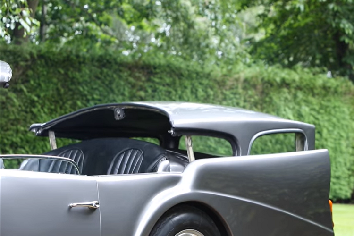 """Daimler SP250 - chiec xe mui tran doc dao """"xau nhat lich su""""-Hinh-6"""