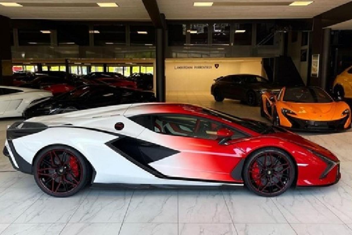 Lamborghini Sian hybrid moi hon 82 ty dong