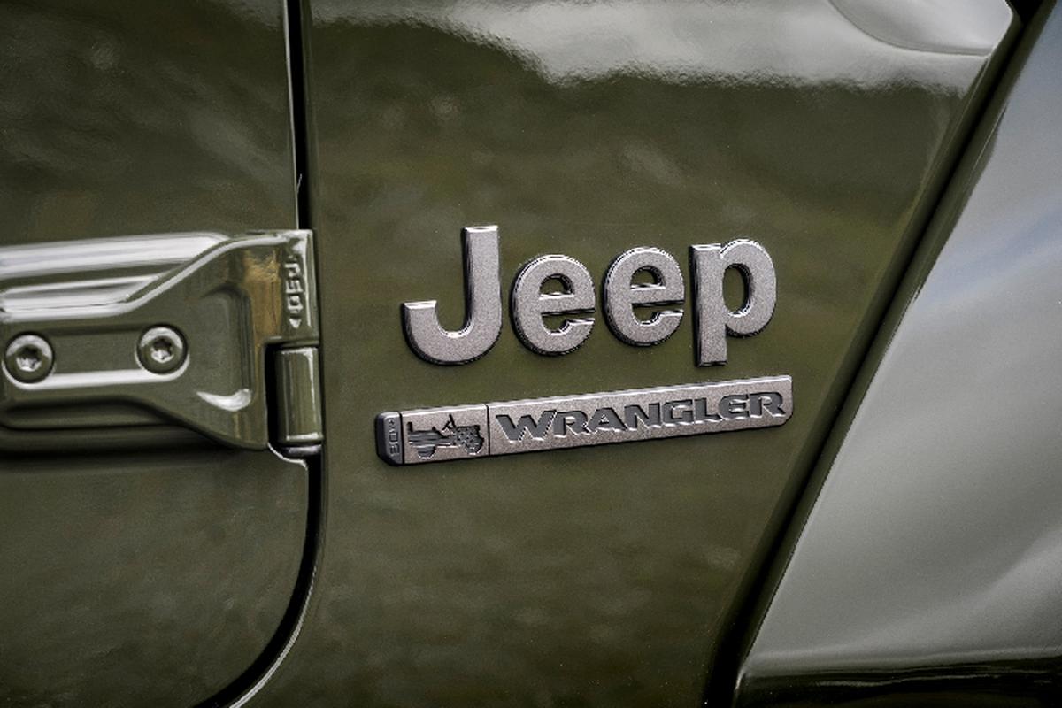Ngam Jeep Wrangler 80th Anniversary 2021 moi, tu 665 trieu dong-Hinh-3