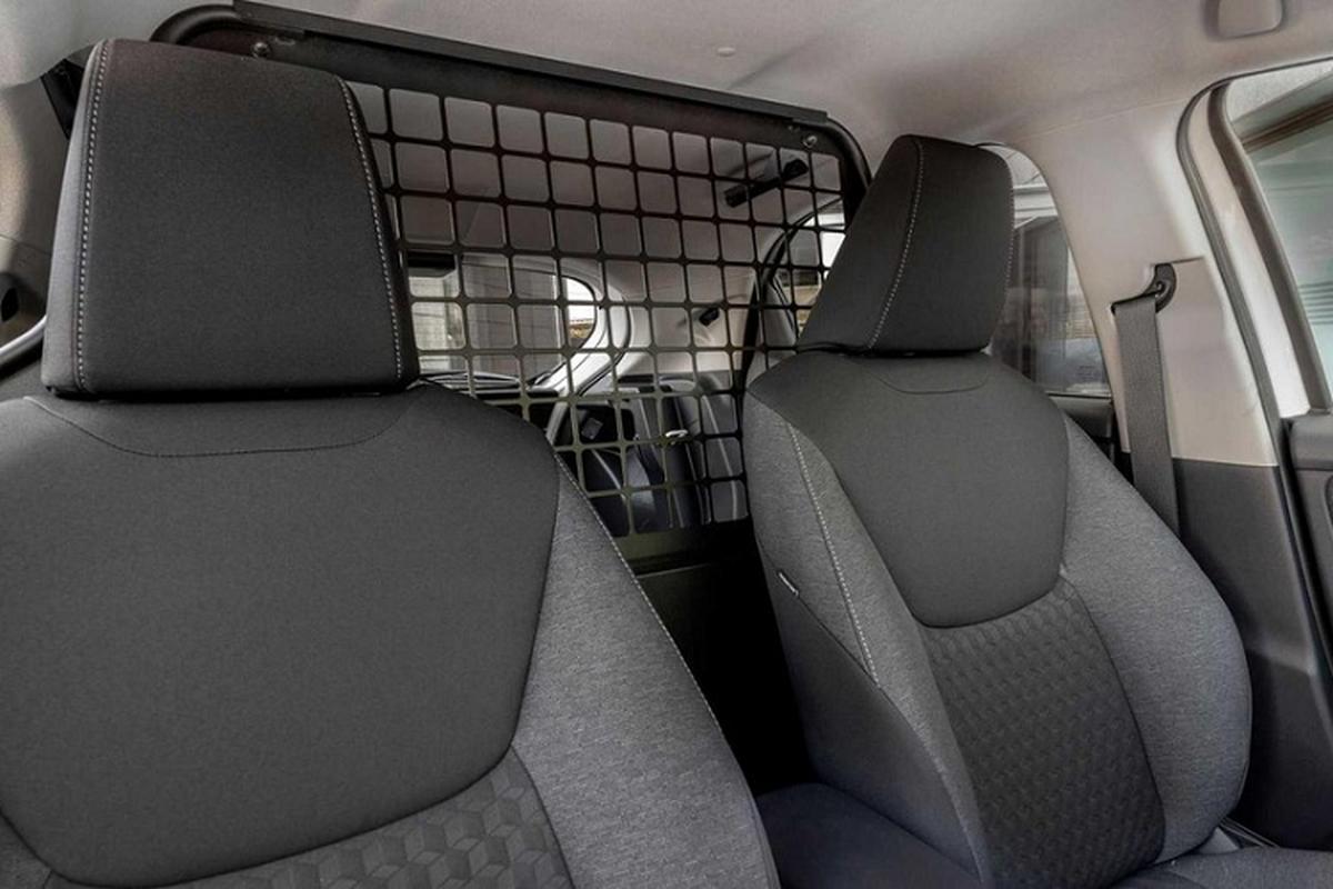 Chi tiet Toyota Yaris ECOVan 2021 gia re tu 597 trieu dong-Hinh-5