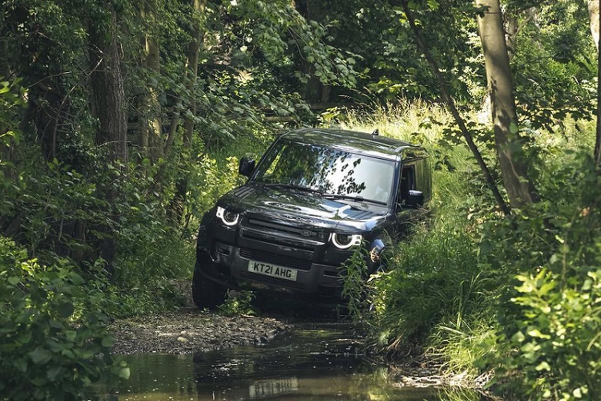 Danh gia Land Rover Defender V8 2022, tu hon 2 ty dong-Hinh-9