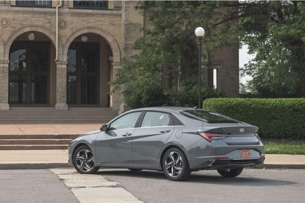 Hyundai Elantra hybrid tu 565 trieu dong, co tiet kiem nhien lieu?-Hinh-2