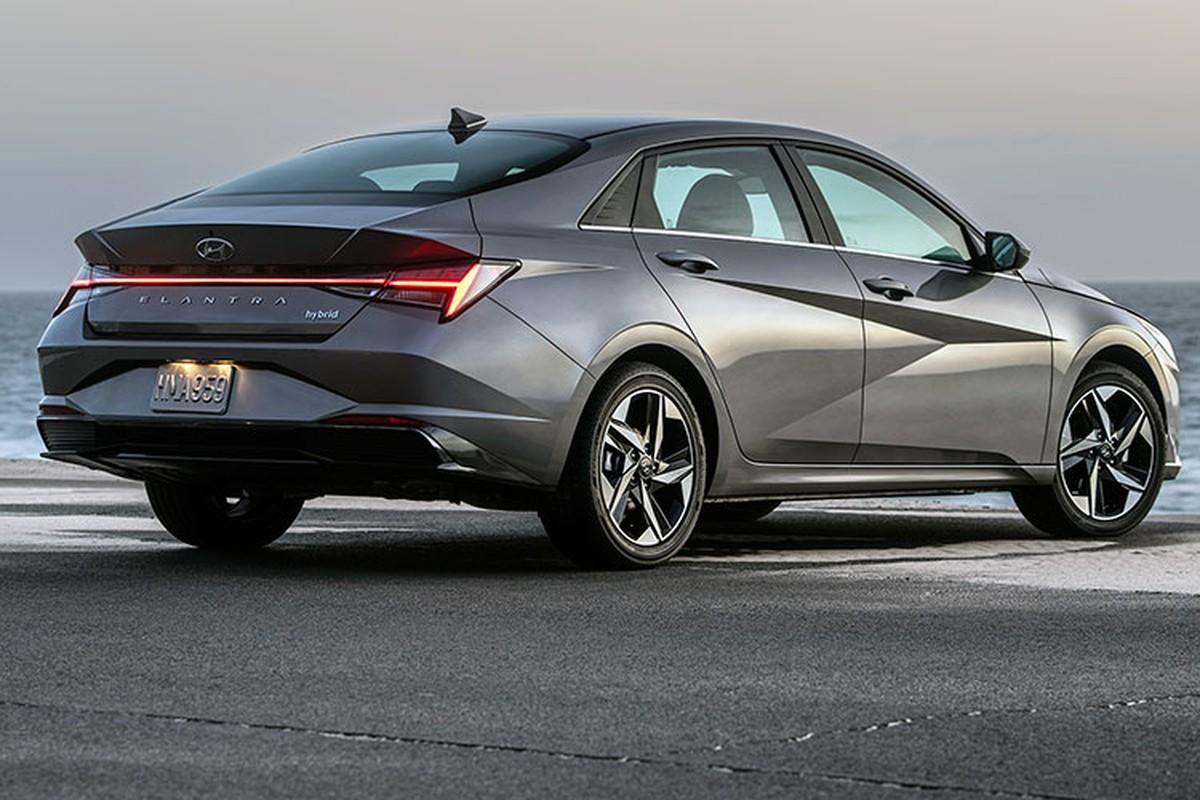 Hyundai Elantra hybrid tu 565 trieu dong, co tiet kiem nhien lieu?-Hinh-4