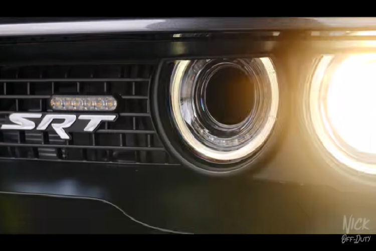 Dodge Challenger SRT Hellcat cua trum ma tuy