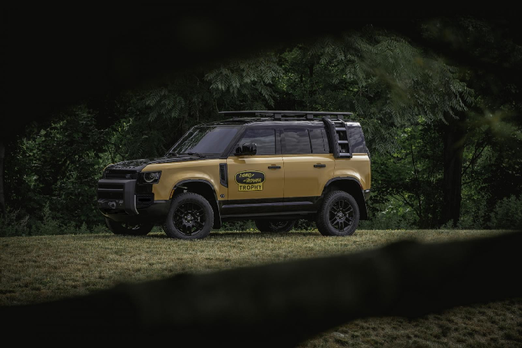 Land Rover Defender Trophy Edition - SUV off-road hon 6 ty dong-Hinh-6